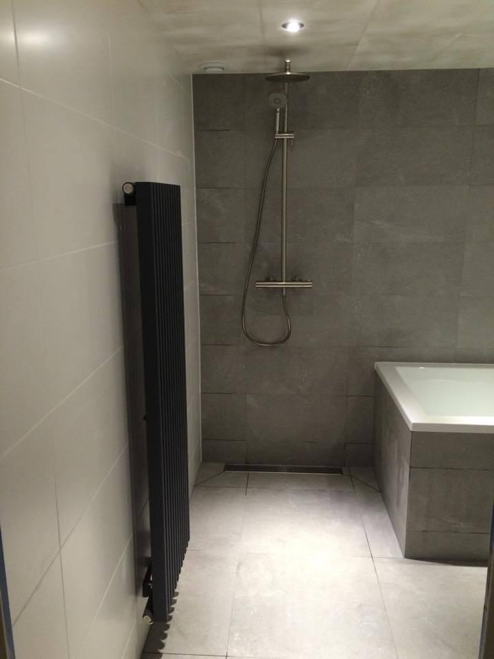 Badkamer almere badkamer ontwerp idee n voor uw huis samen met meubels die het - Badkamer meubilair ontwerp ...