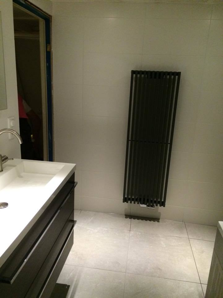 Badkamer Almere met whirlpool