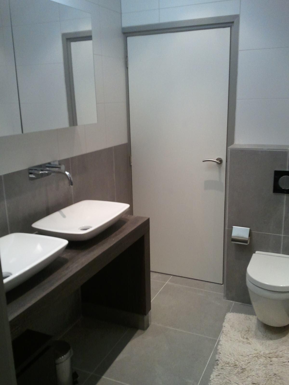 Badkamer Zwolle bad met verstek