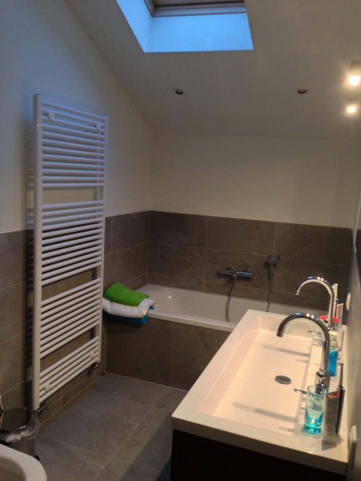 Badkamer Amersfoort tegels en stucwerk