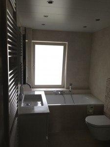 adminbad badkamer amersfoort met raam en gevel gemaakt 12282014